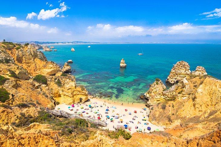 آب سرد دریا از معایب زندگی در پرتغال