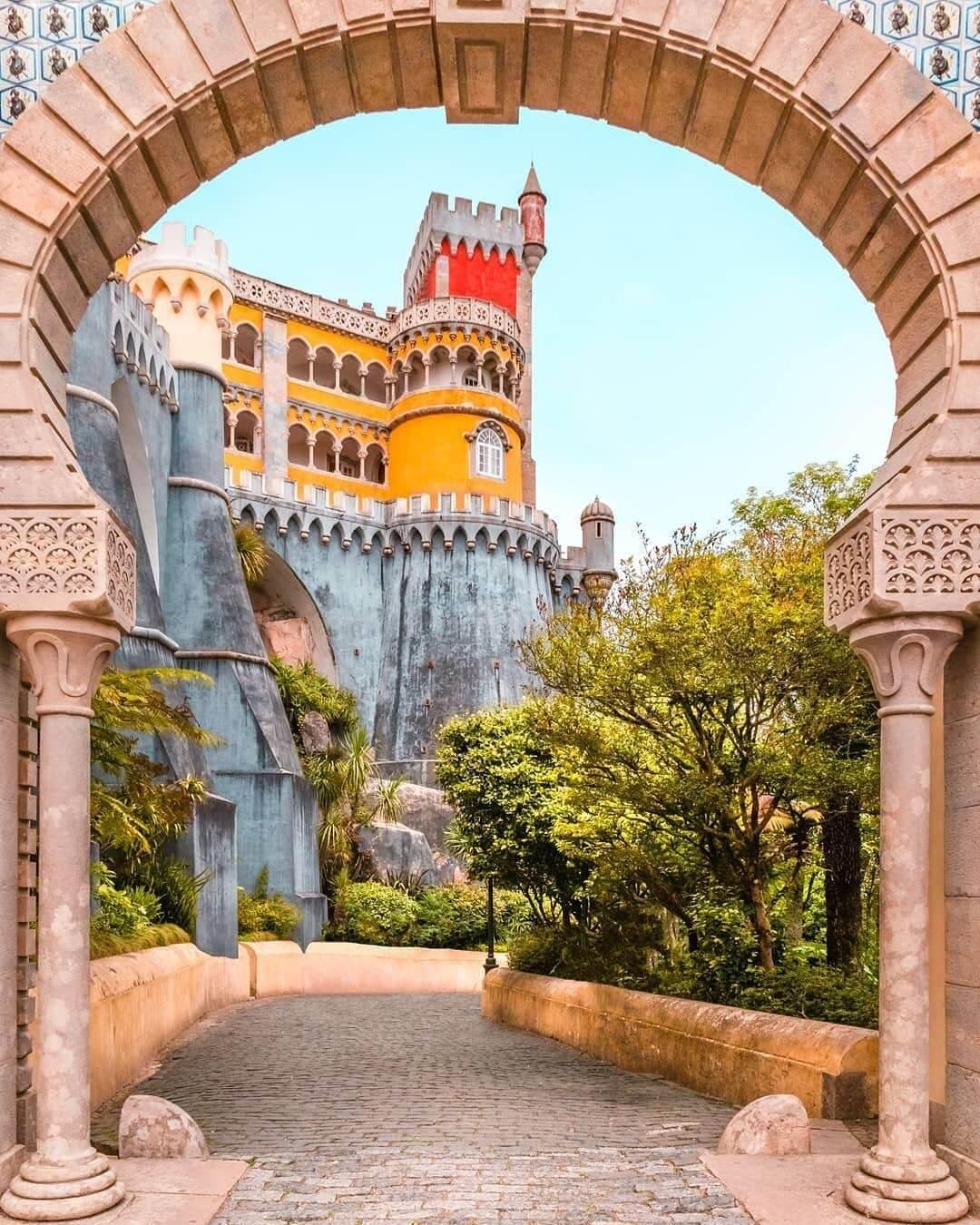 کاخ پنا سینترا در پرتغال