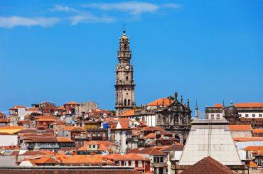 برج کلریگوس از نمای شهر پورتو